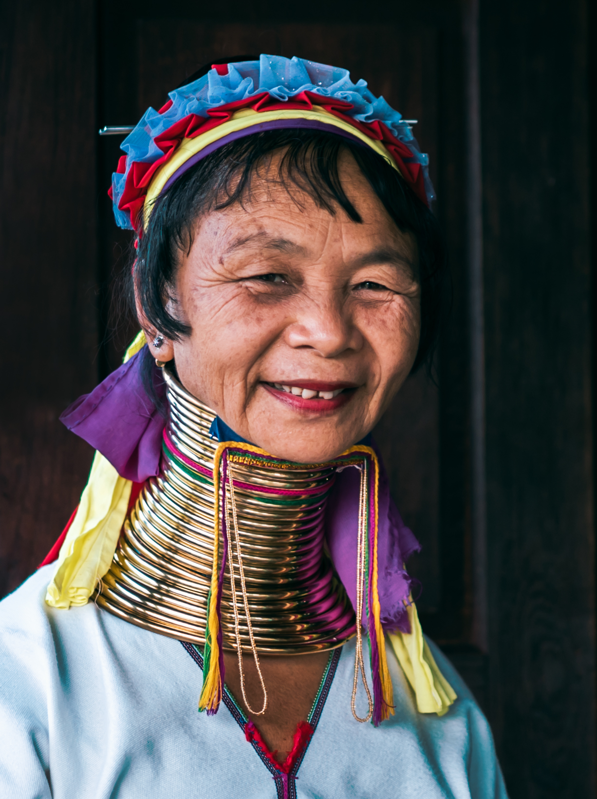 Long neck Kayan tribal woman in Inle Lake, Myanmar